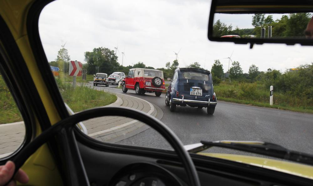 Fiat 600 An der Perlenschnur