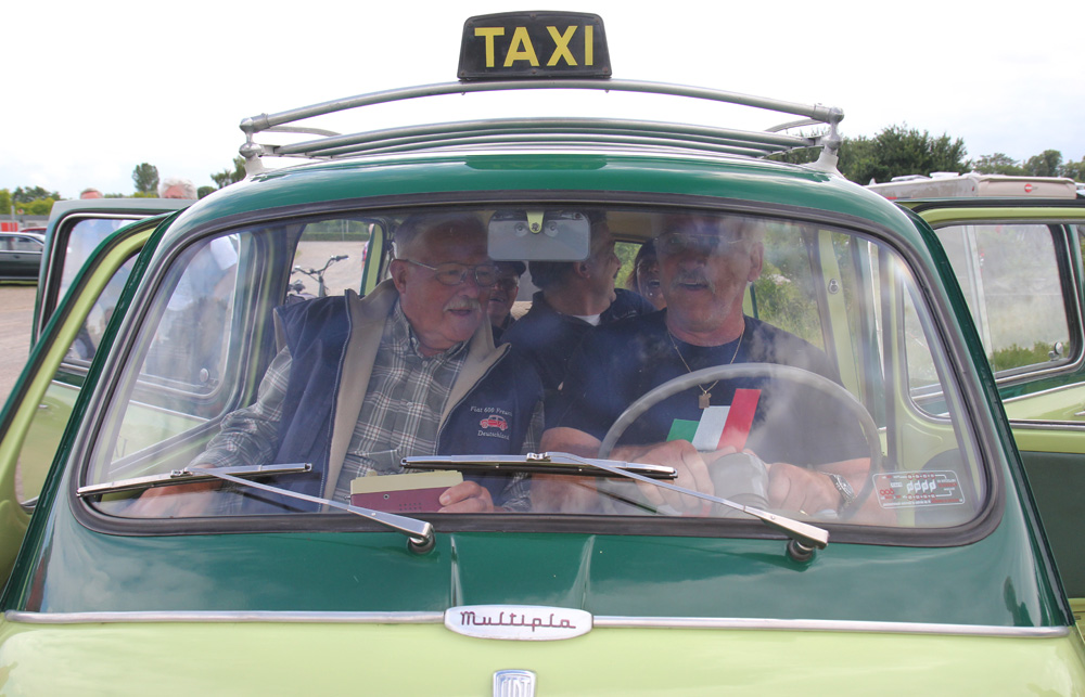 Taxi, Taxi! Der Vorstand im Multipla