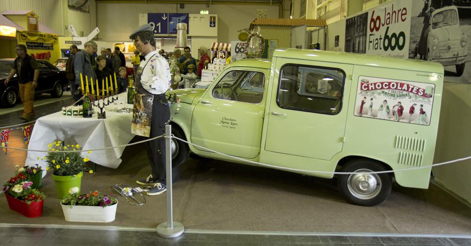 Der Stand der Fiat 600 Freunde Deutschland in Halle 6.1